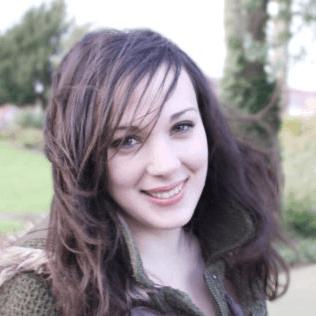 Laura Elizabeth headshot
